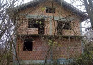 Stambeni objekat u izgradnji u Srpcu